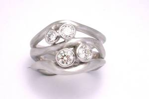 bespoke diamond ring handmade in 18ct white gold by charmian beaton design