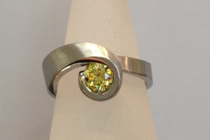 bespoke palladium and yellow diamond ring by charmian beaton design