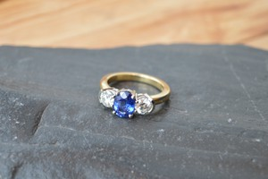 2.50ct Blue Sapphire and diamond ring in 18ct yellow gold bespoke commission handmade by Charmian Beaton Design
