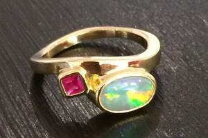 18ct yellow gold ring with opal and ruby bespoke commission handmade by Charmian Beaton