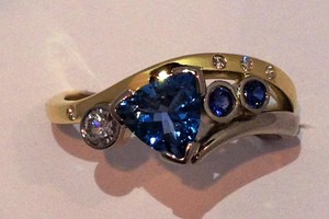 Aqua, sapphire and diamond ring handmade in 18ct gold by charmian beaton design