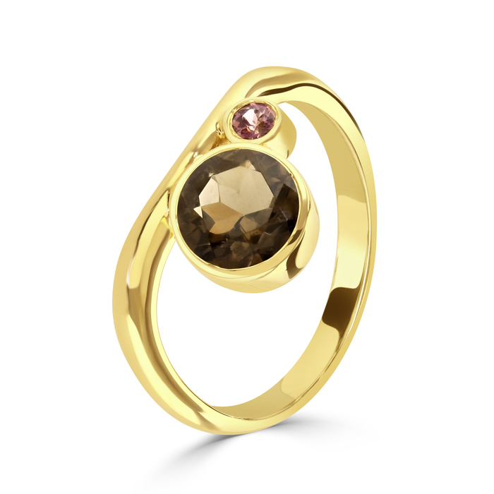 Esme Harmony Gold ring, handmade in 9ct yellow gold by Charmian Beaton