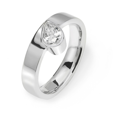 Kyra - Platinum engagement ring with Pear cut 0.50 ct diamonds